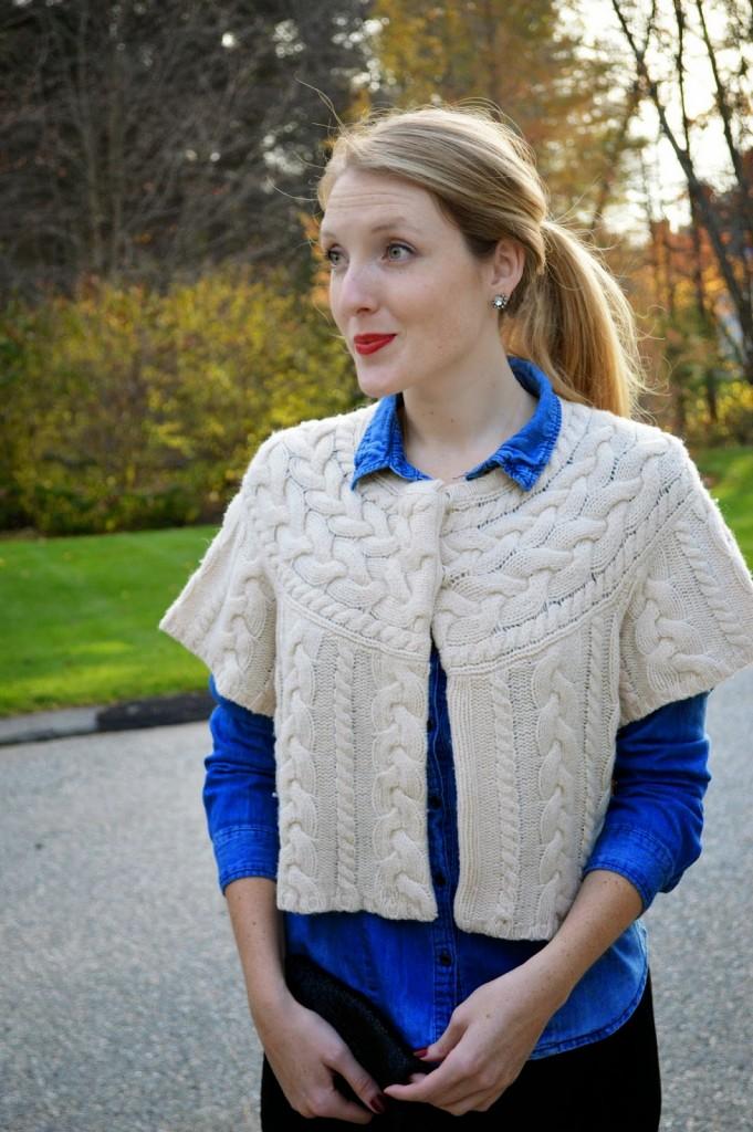 BCBG beige knit