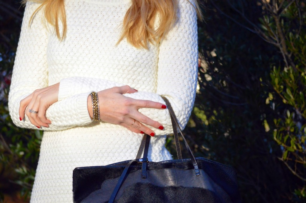 Fendi fur tote and holiday red nails