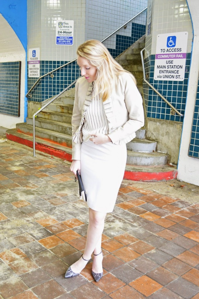 how to mix cream and white colors in an outfit