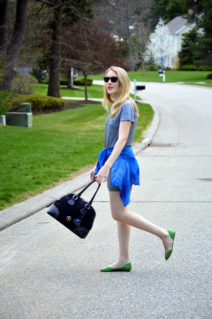 casual spring summer t-shirt dress outfit
