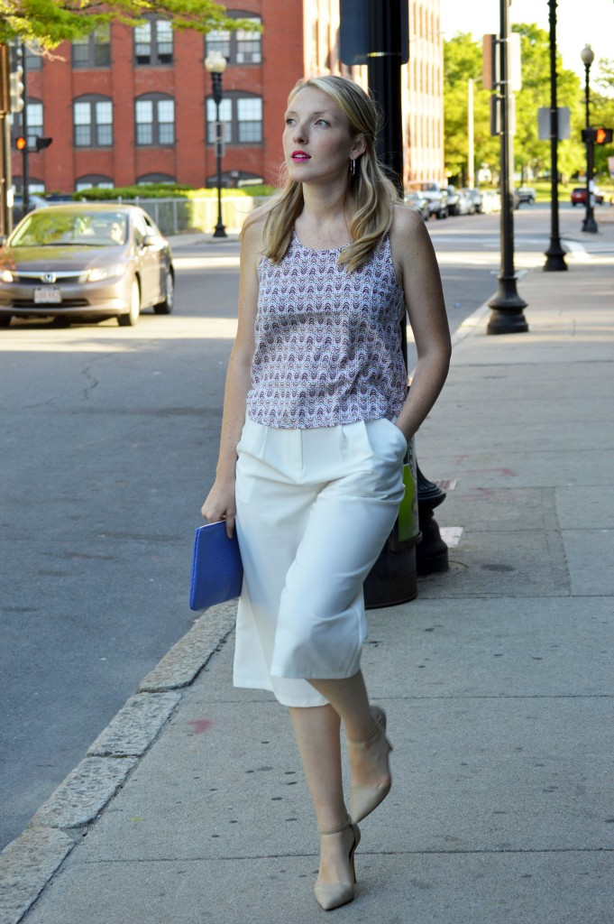 fun and easy date night outfit idea for summer