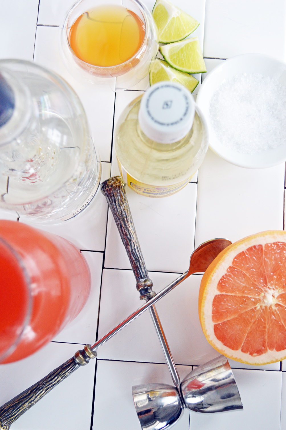 refreshing grapefruit lime cocktail