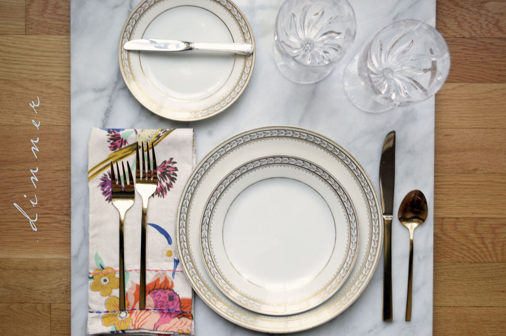 how to set the table for dinner place setting