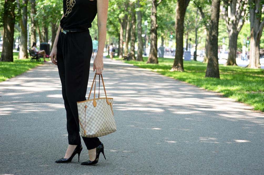 cropped crepe pants and black Kate Spade pumps