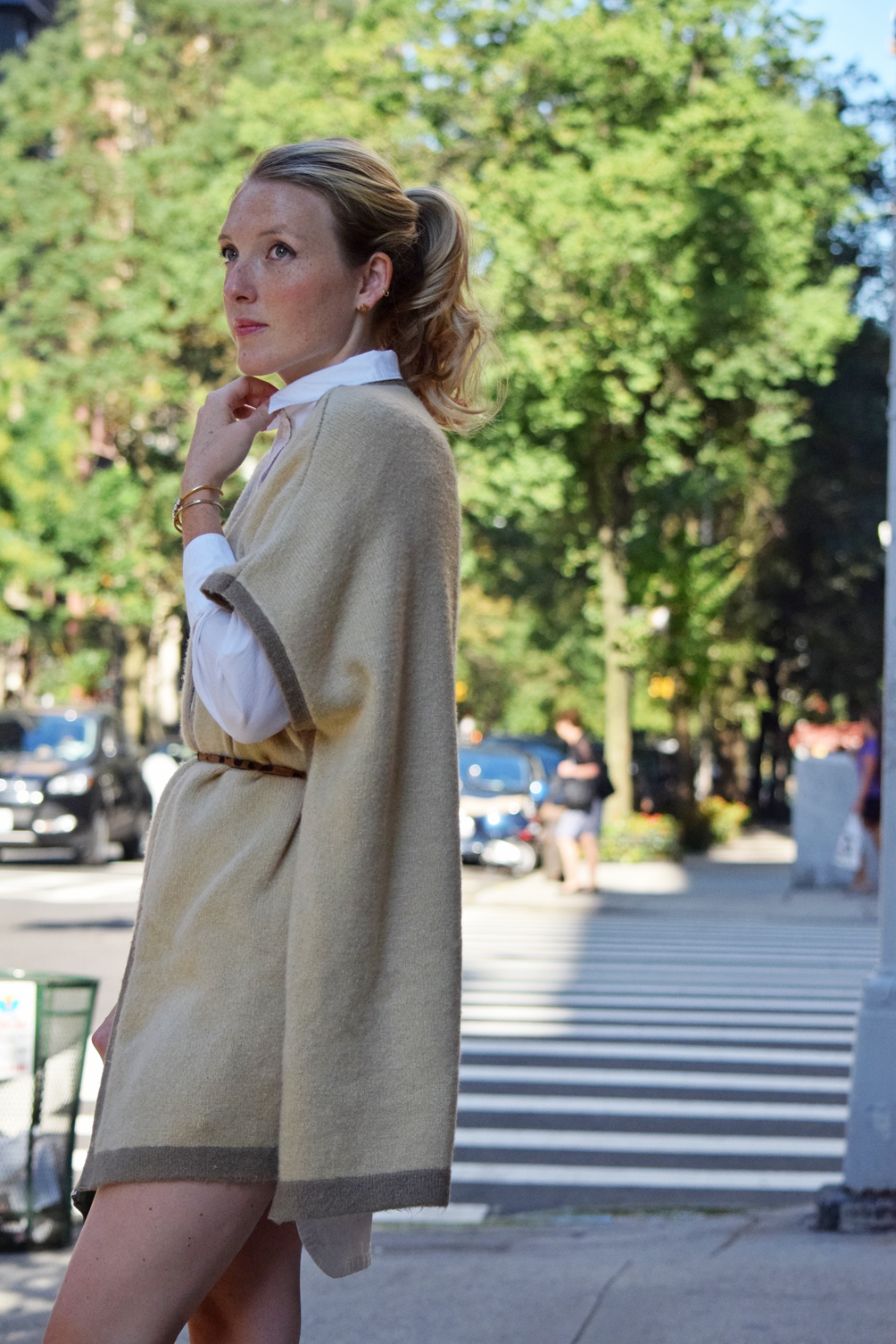 how to wear a cape for fall