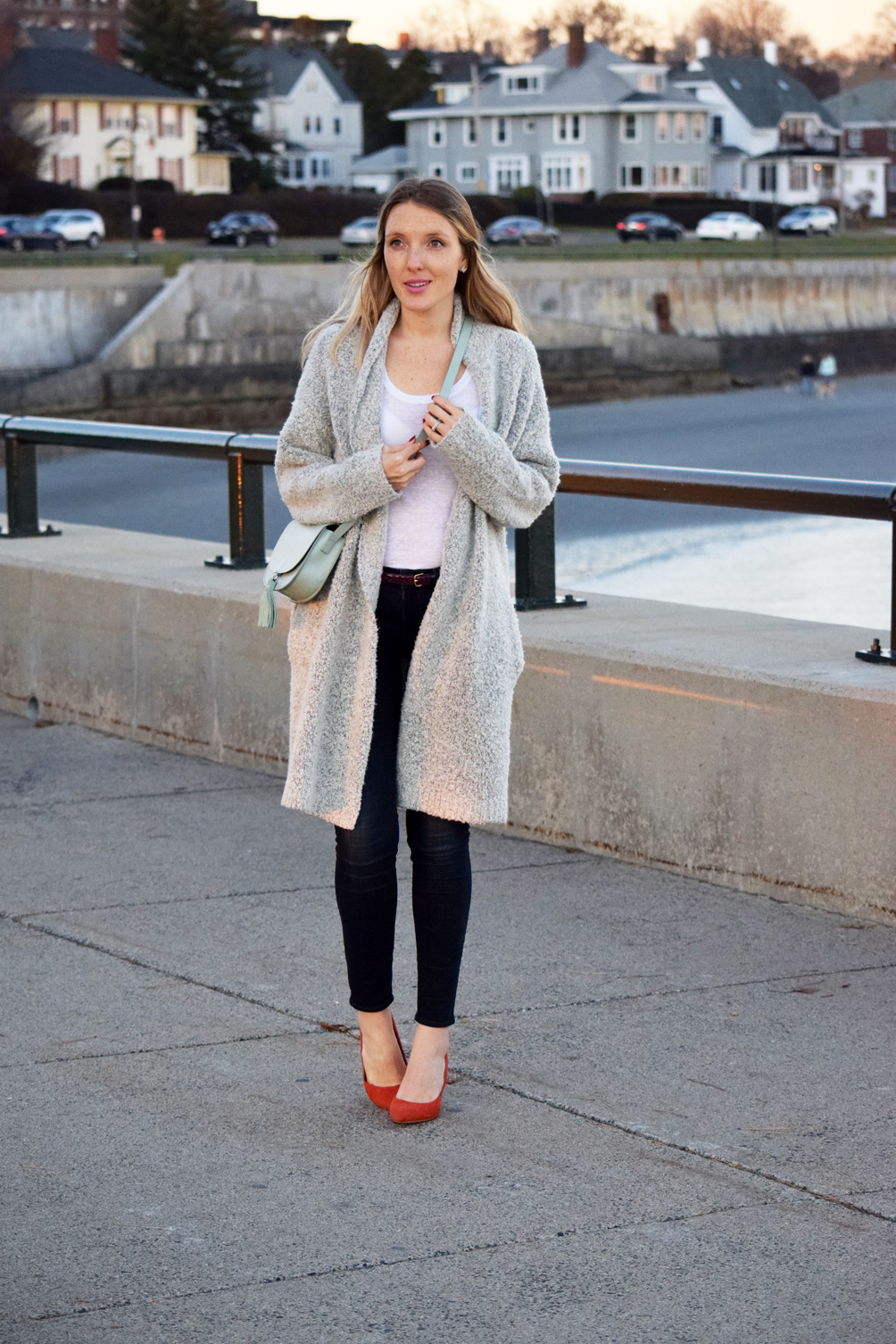 simple and classic outfit ideas - one brass fox