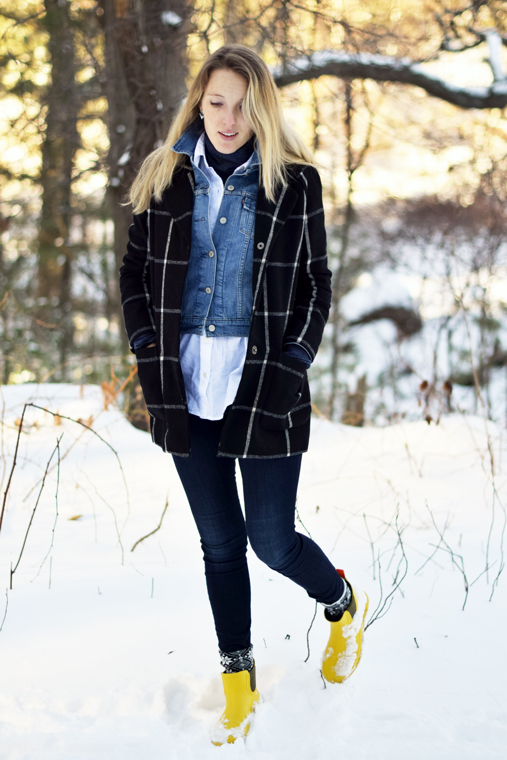how to wear denim on denim in winter - one brass fox