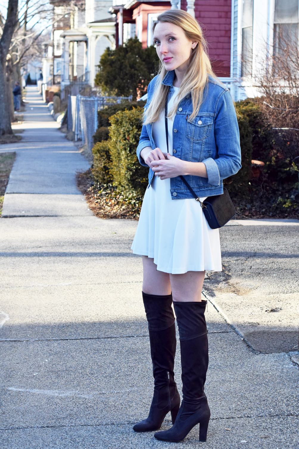 classic and timeless spring outfit inspiration - one brass fox