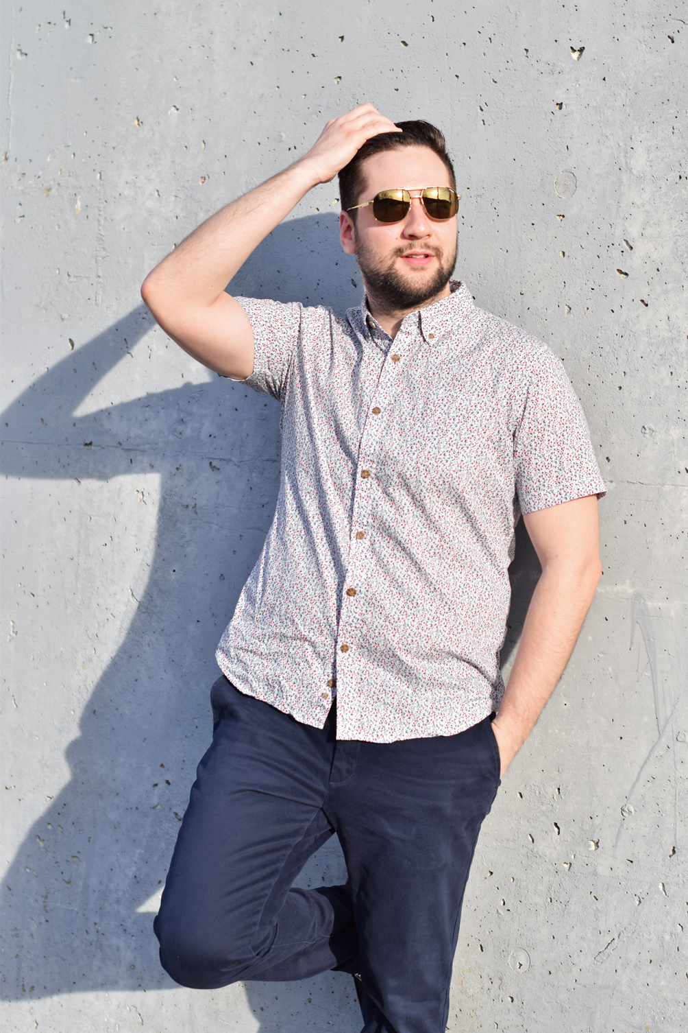 men's spring outfit with cuffed trousers and a floral pattern shirt - one brass fox
