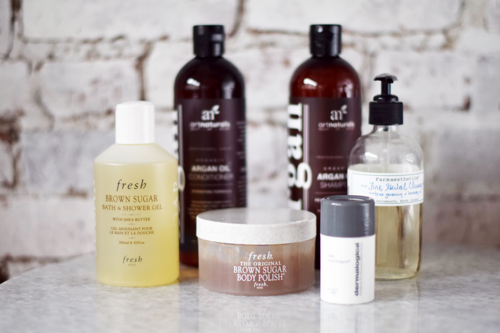 Leslie Musser, fashion and lifestyle blogger at one brass fox, sharing my shower routine with five products