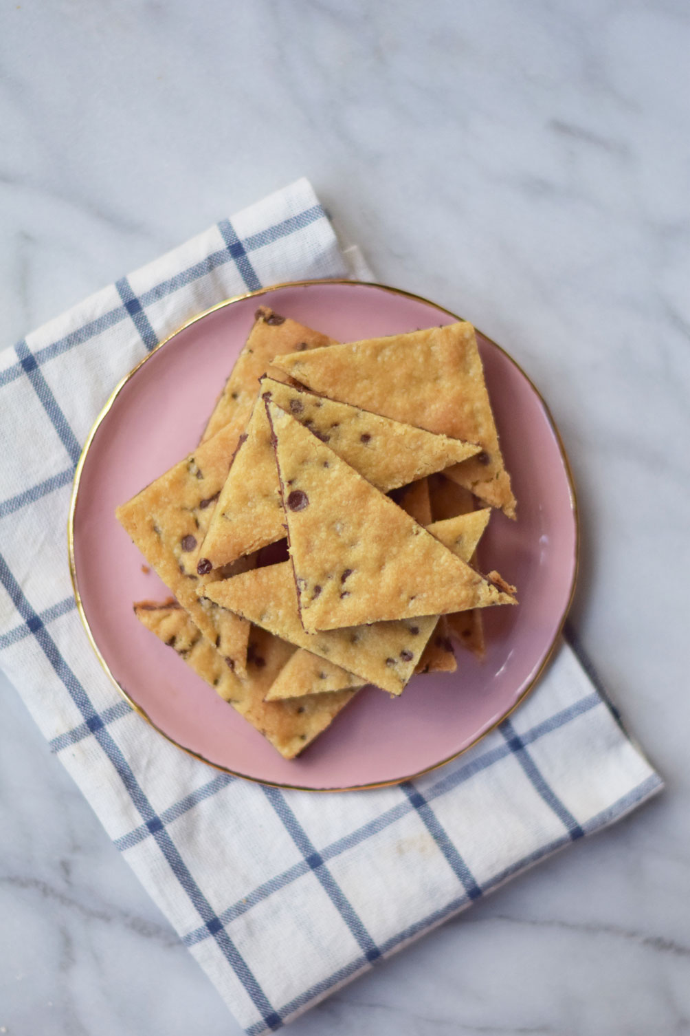 easy dessert recipe for chocolate chip cookie brittle by Leslie Musser on one brass fox