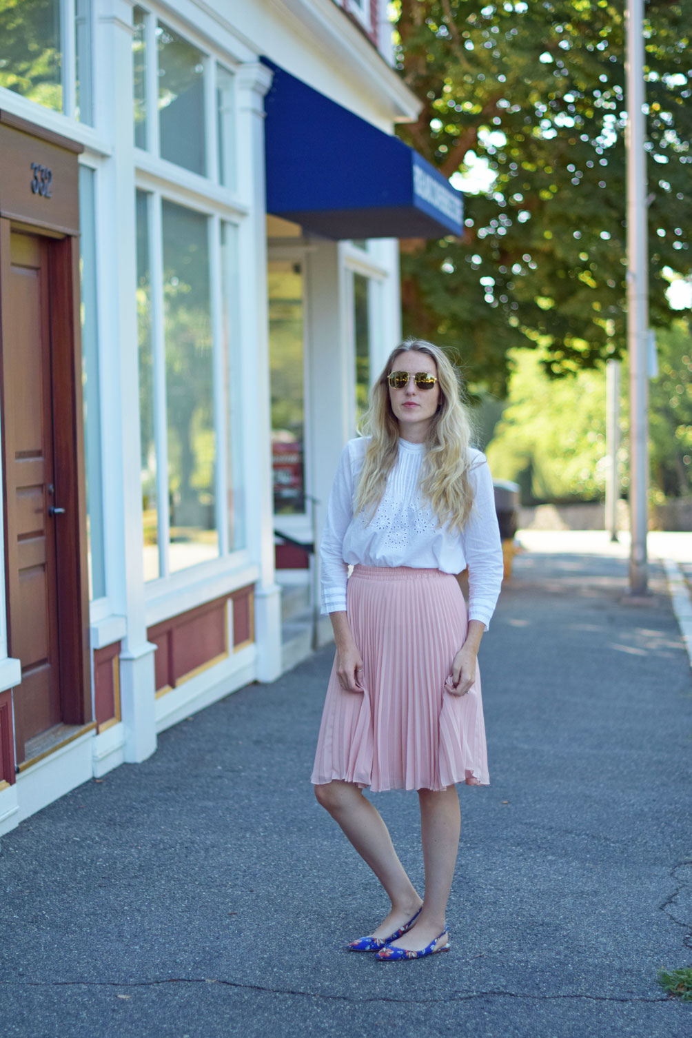 feminine fall style from Leslie Musser of one brass fox with an eyelet victorian top and pink pleated midi skirt