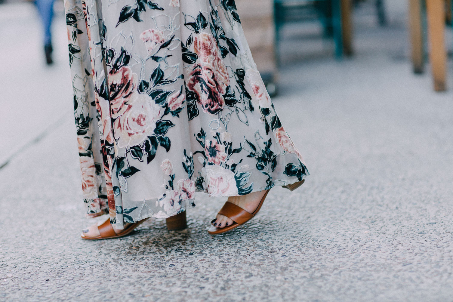 M.Gemi Attorno Leather Sandals - NYFW street style Leslie Musser one brass fox