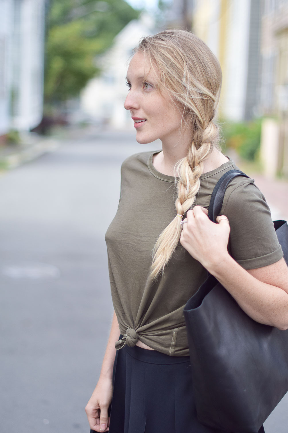 perfect vintage wash tee in olive green for fall