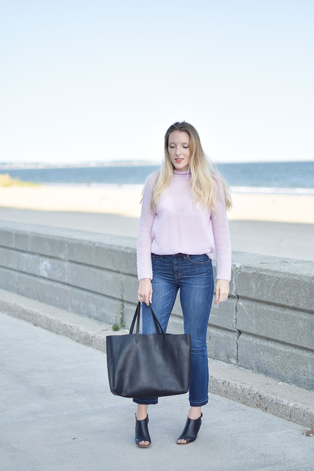 fall outfit style inspiration with Madewell demi boot jeans and east-west transport tote on Leslie Musser, one brass fox