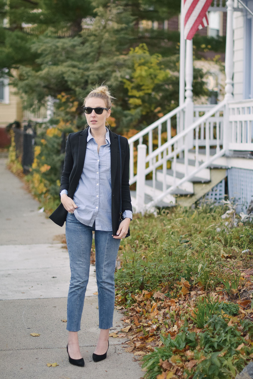 fall-blazer-and-blue-jeans-16