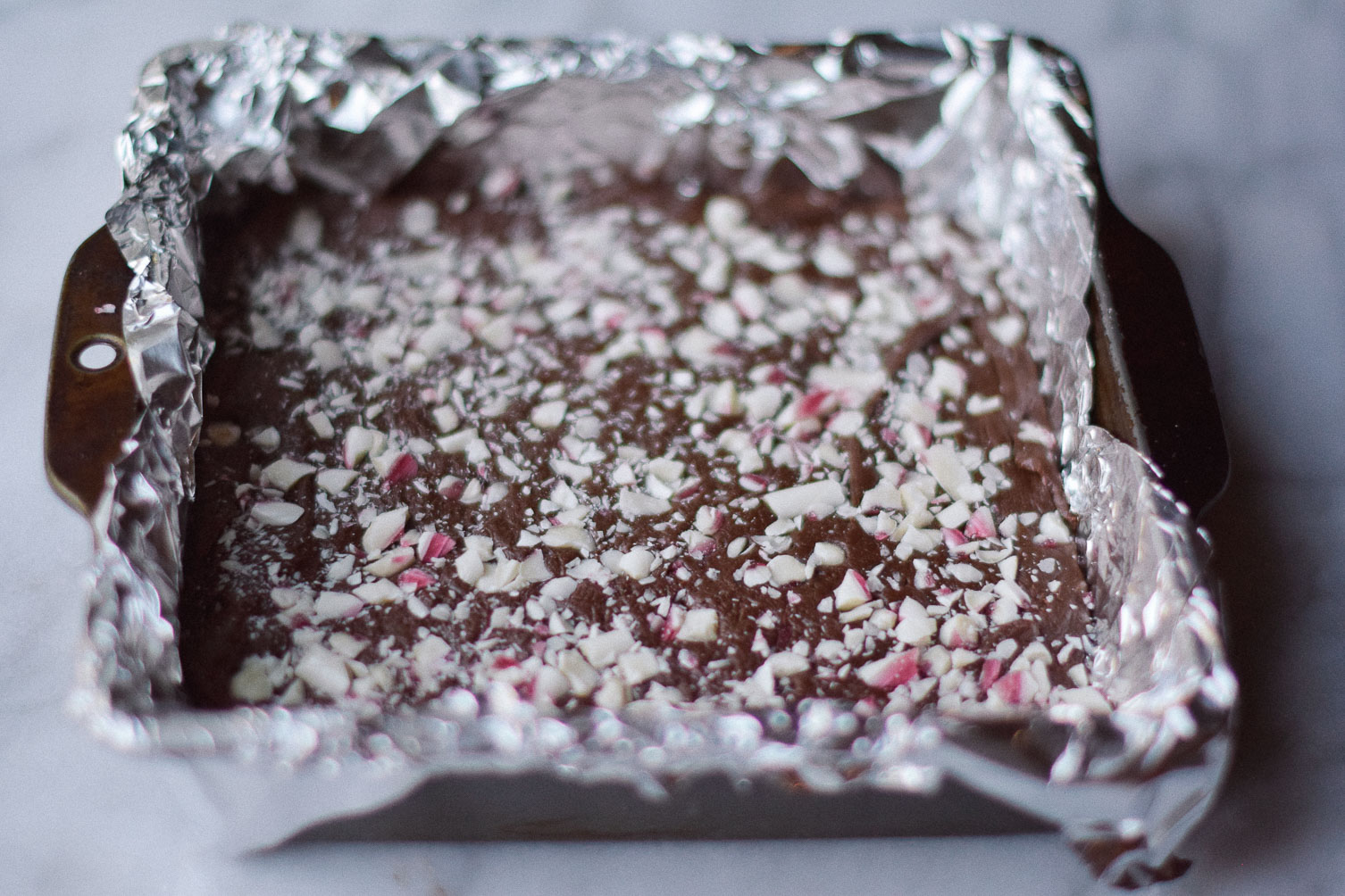sharing this holiday recipe for easy peppermint fudge squares