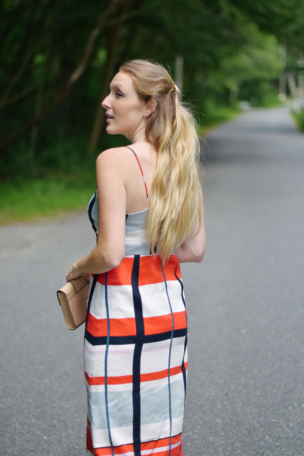 styling an Ann Taylor striped linen dress with cork wedge sandals for easy summer style