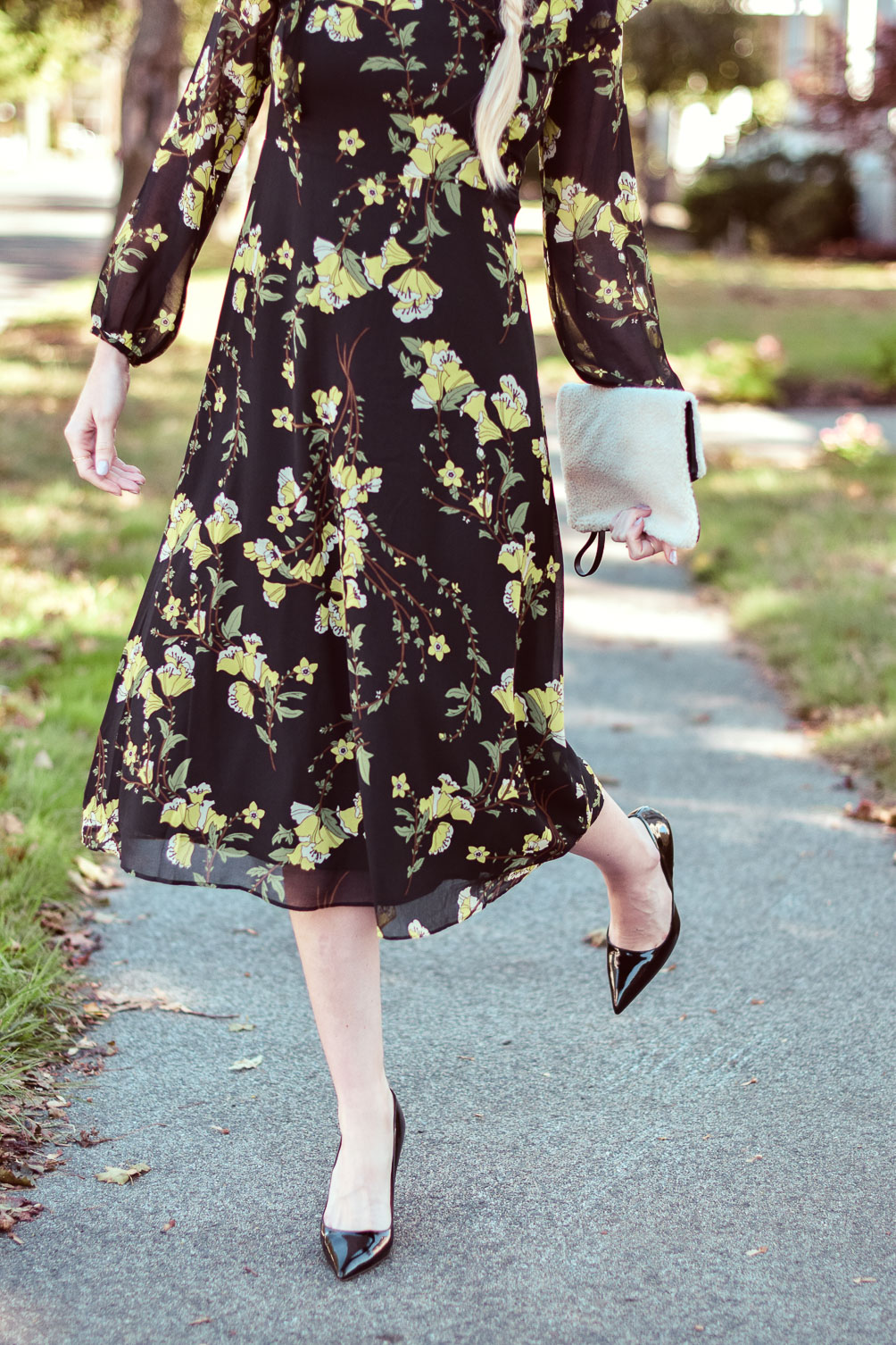 styling this Who What Wear Collection flutter sleeve dress with patent pumps and a faux shearling clutch