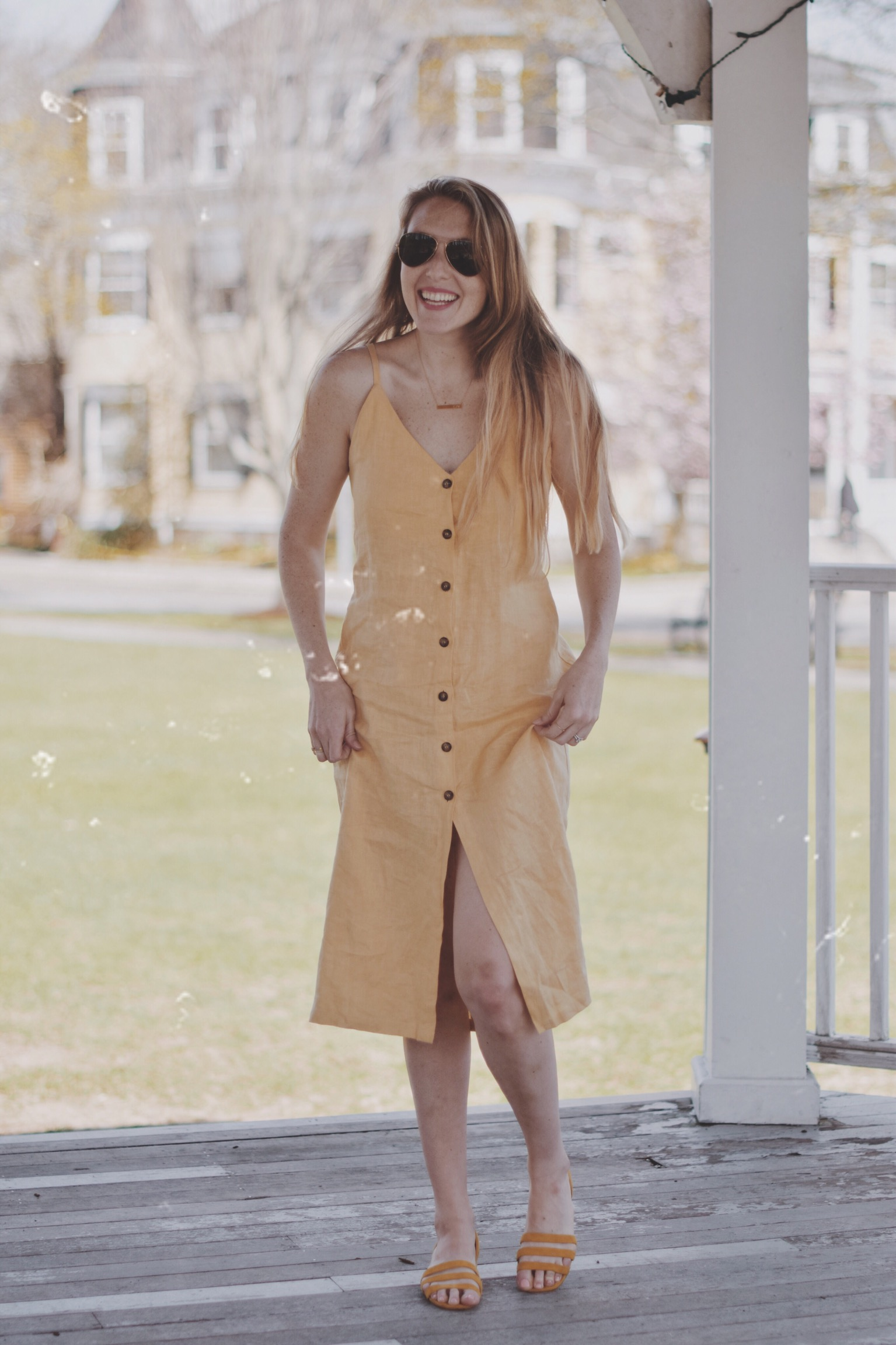 styling a canary yellow linen dress from Reformation as part of my summer capsule wardrobe of ethical fashion brands