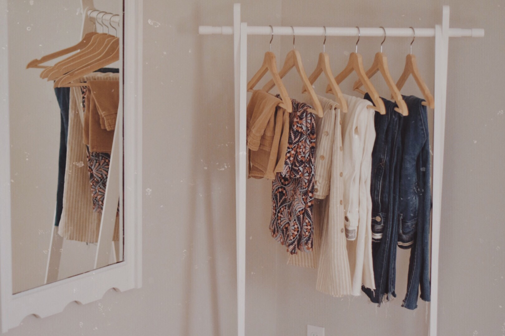 sharing my summer capsule wardrobe with pieces from ethical and sustainable fashion brands