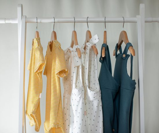 kinder capsule size adjustable clothing for children